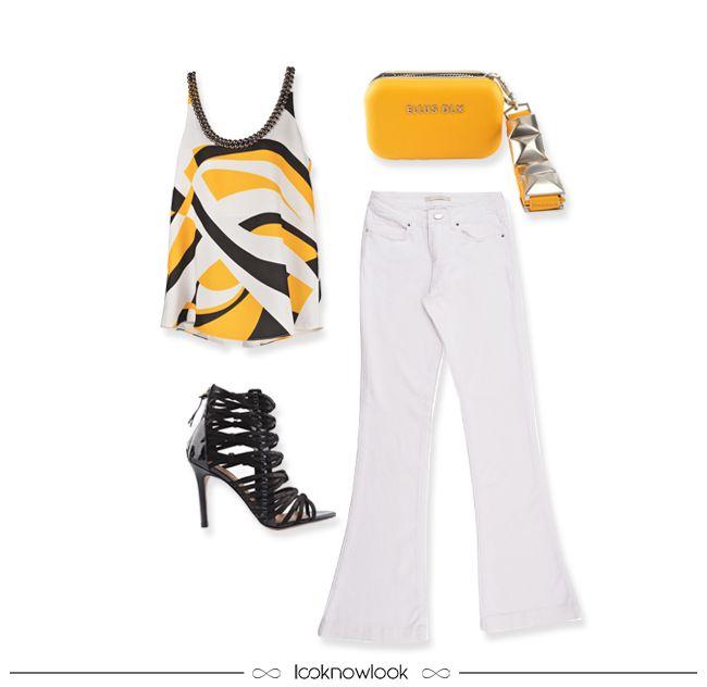 Toque de amarelo. | Blusa estampada, calça flare branca, clutch com spikes e sandália de tiras. | Printed tank, white flare, clutch and strap sandal. #moda #look #outfit #looknowlook