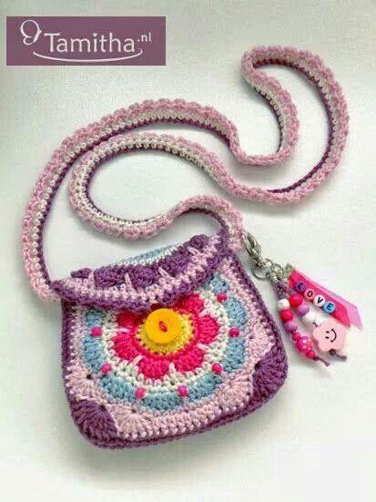 Pin von Virginia Alvarez auf Tejidos | Pinterest | Gehäkelte taschen ...