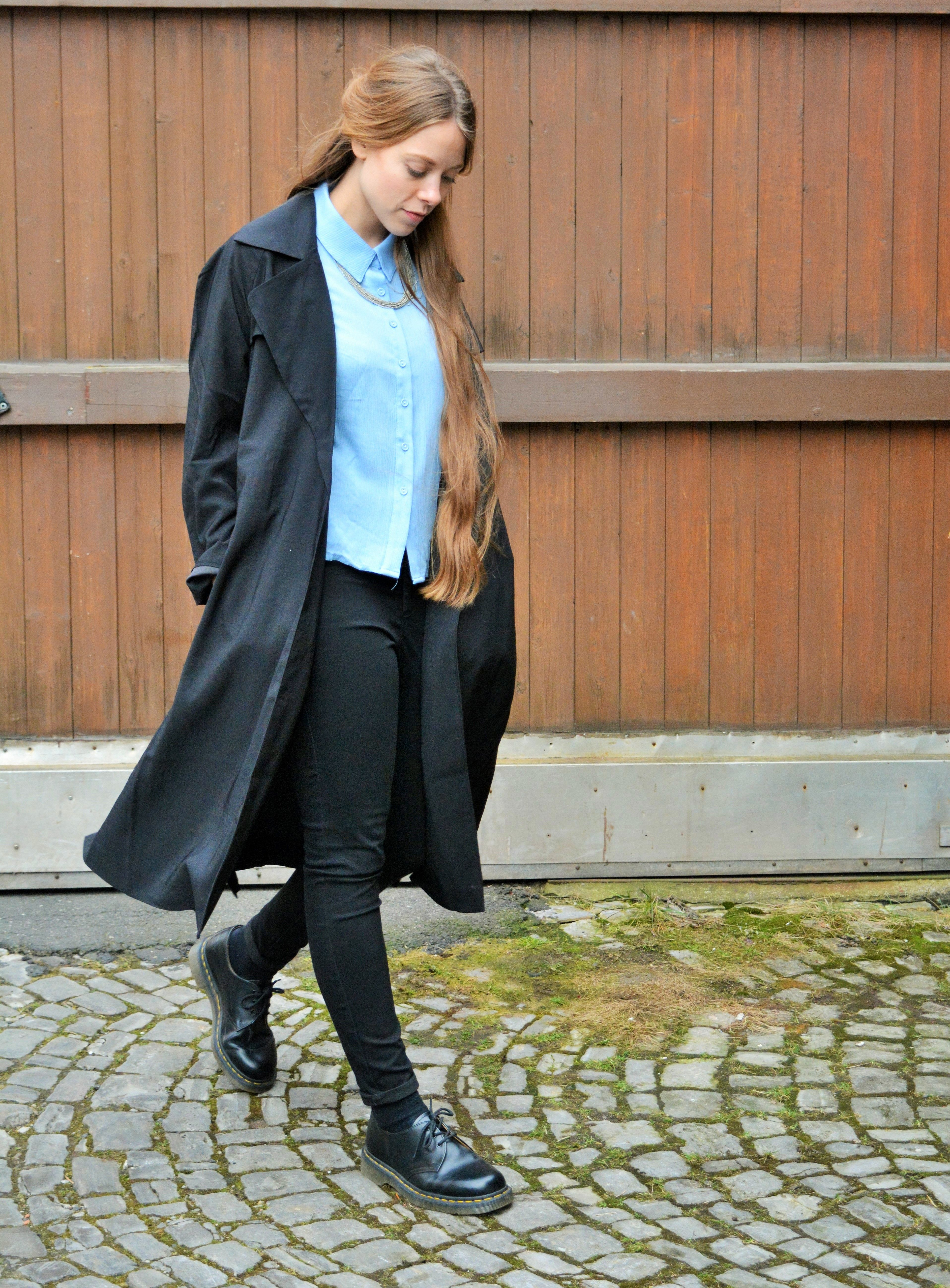 Trenchcoat & blue button up shirt