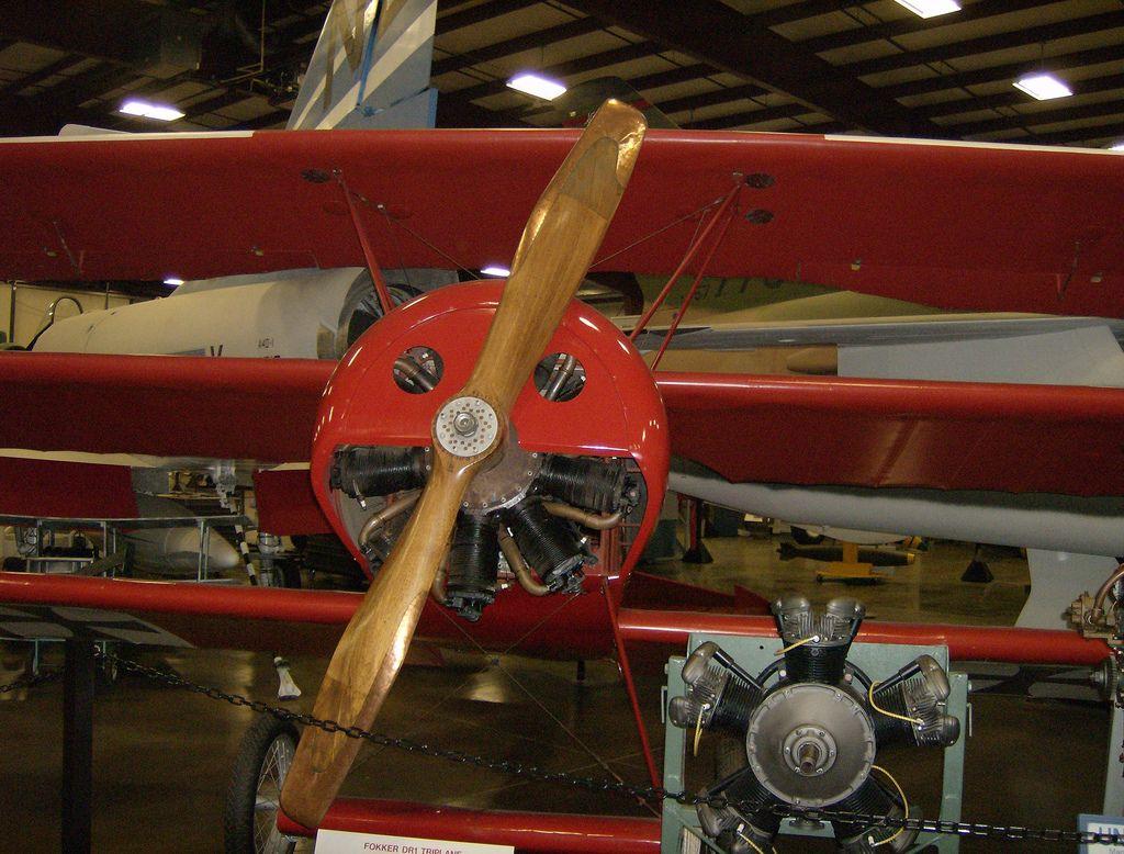 Výsledek obrázku pro fokker dr1 engine Engineering, Air