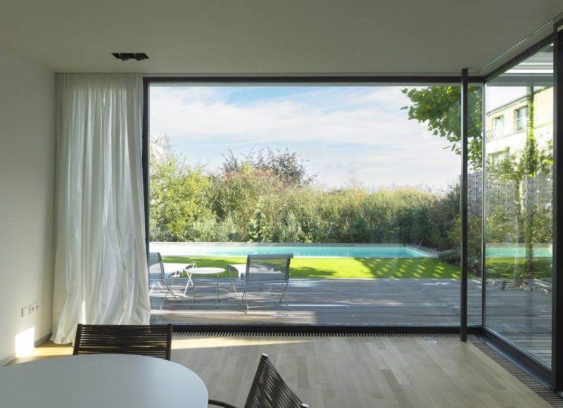Schickes Wohnambiente 75 Faszinierende Ideen Fur Bodentiefe Fenster Fenster Turen Zenideen Bodentiefe Fenster Fenster Fenster Und Turen