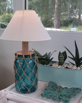Lampunjalka lasipurkista. Coastal style Fisherman Netting jar.