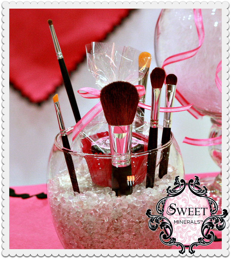 Makeup brush organization. Colored stone pebbles from the