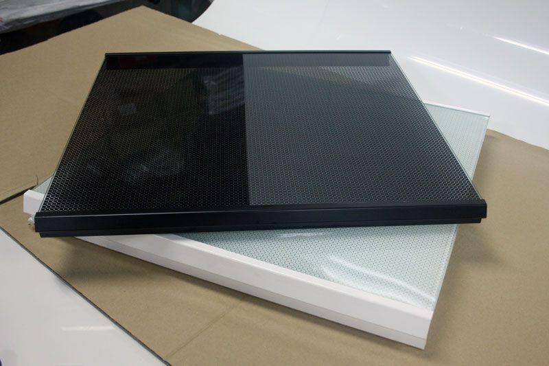 Cubre encimeras de cristal templado en blanco y negro for Encimera blanco cristal