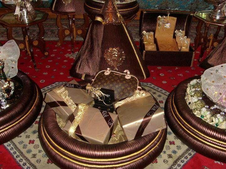 pin von hi ch auf mariage pinterest henna und deko. Black Bedroom Furniture Sets. Home Design Ideas