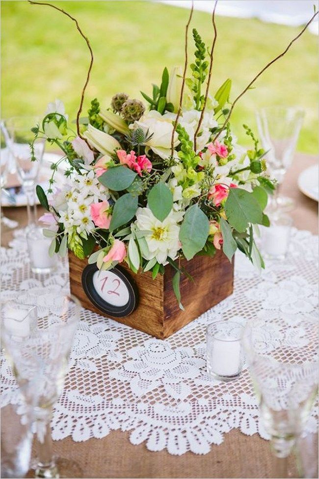 Centros de mesa con cajas de madera boda pinterest - Mesas con cajas de madera ...
