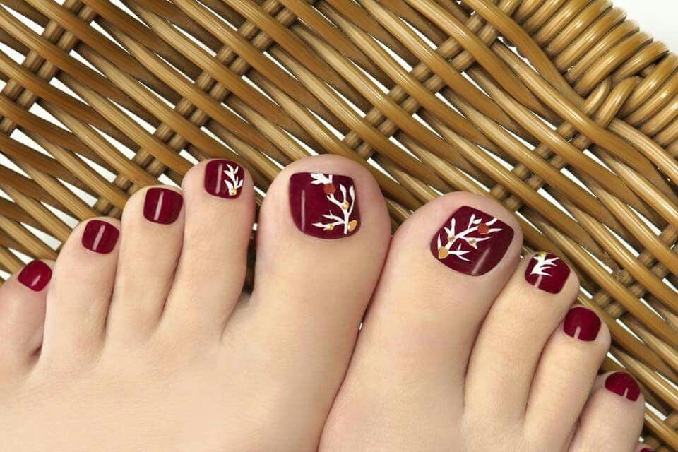 That Deep Color Summer Toe Nails Toenail Art Designs Simple Toe Nails