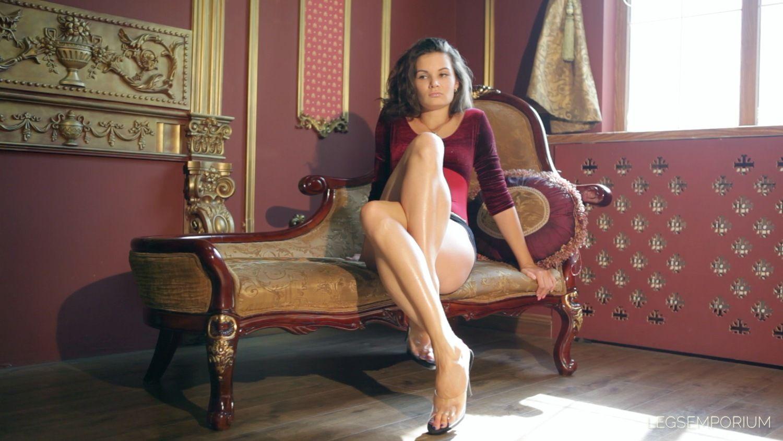 Elena Drop Dead Legs 2 Legs Emporium Crossed Legs Or