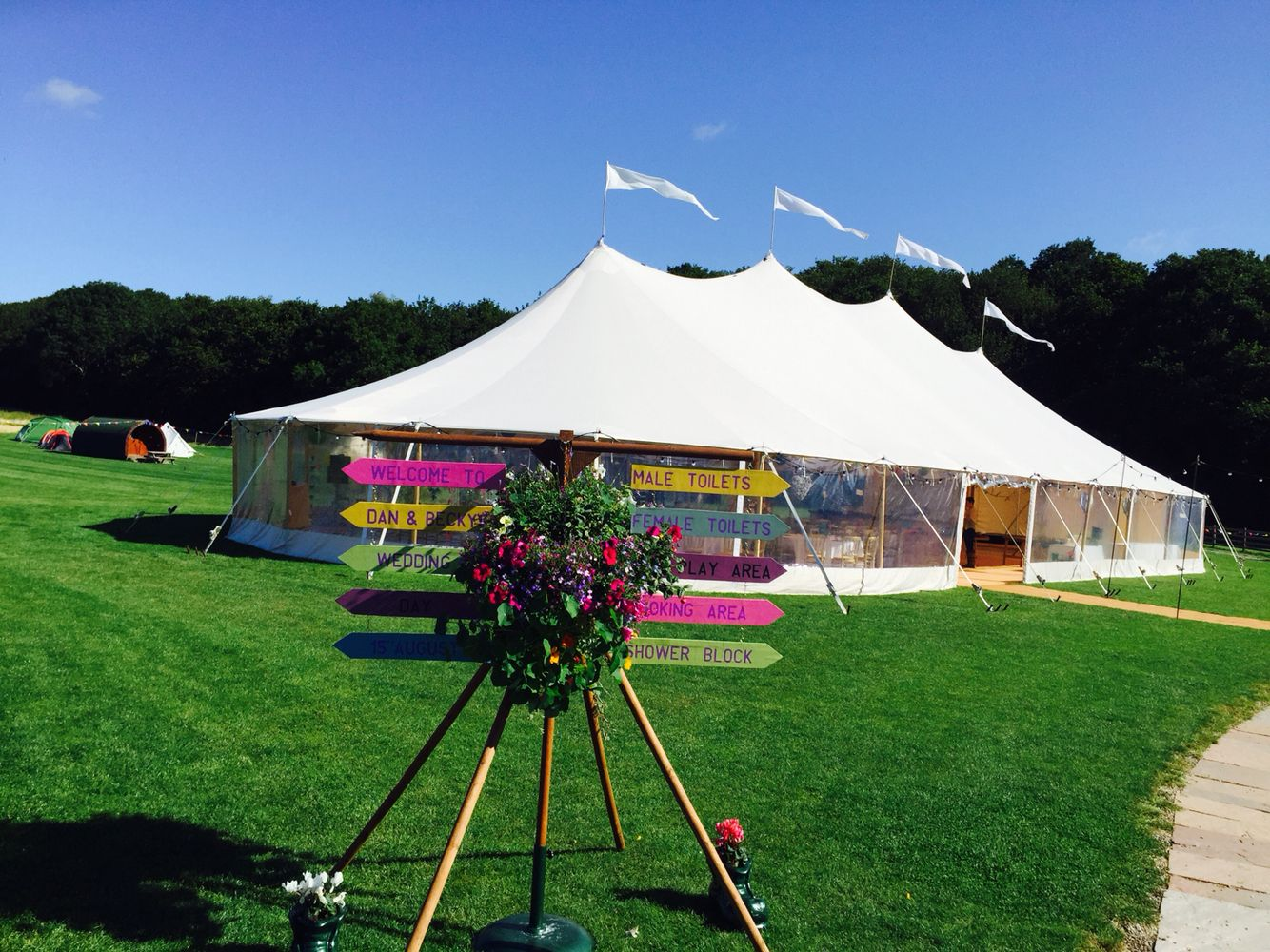 wedding reception venues north yorkshire%0A All set up  u     ready to go in the Lovely Angrove Park wedding  u     camping venue