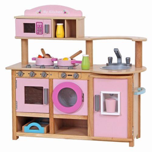 We hebben weer een heel mooi roze #kinderkeukentje in ons assortiment. Een mooie complete #speelkeuken inclusief wasmachine, koelkast en oven. Zie jij je kindje er al mee spelen? https://www.bandolino.nl/playwood-roze-speelkeuken.html