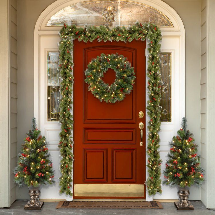 Spruce PreLit Wreath with Clear Lights Indoor christmas