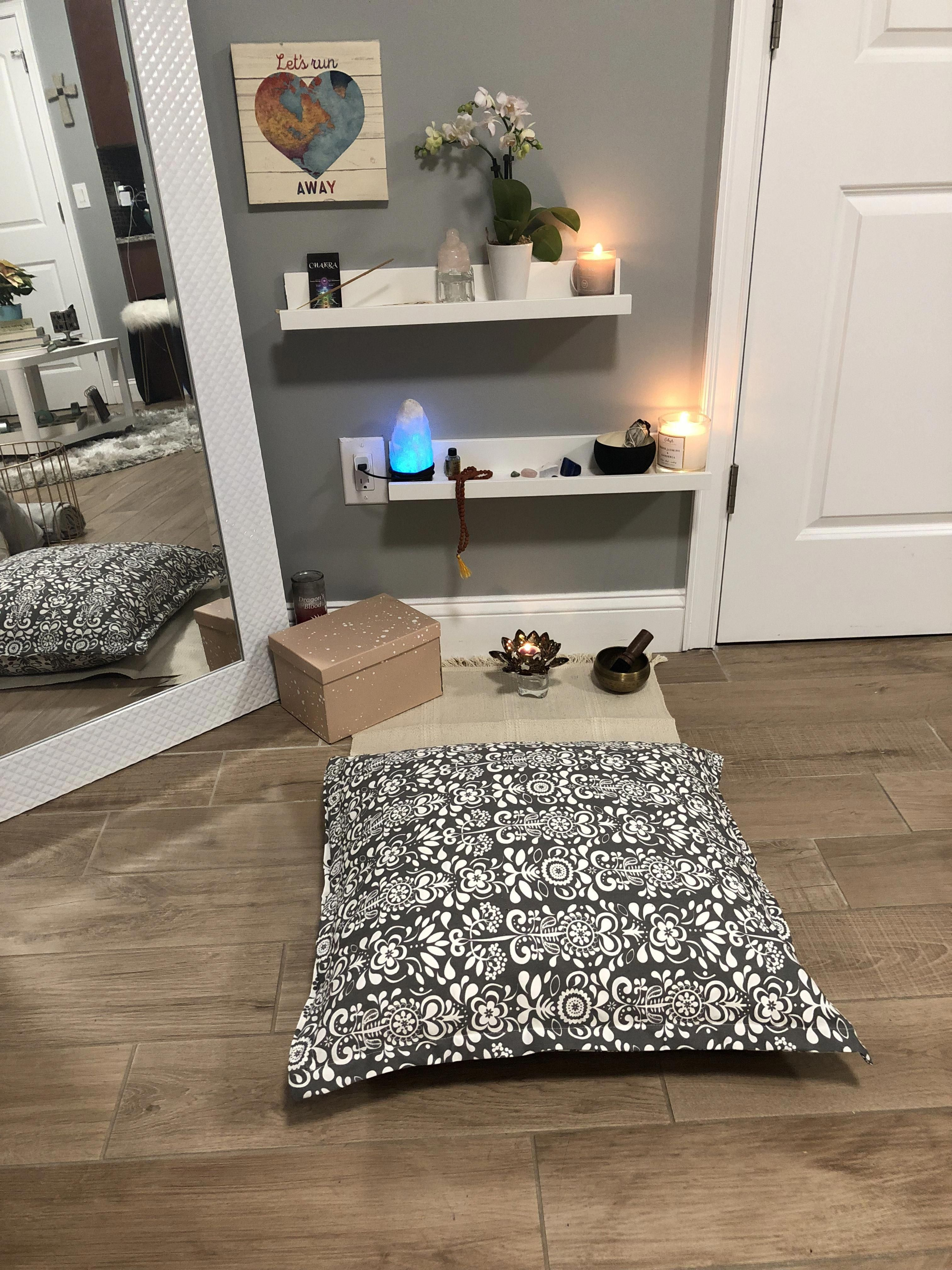 Meditation Room Designs: Decorating Your Meditation Room