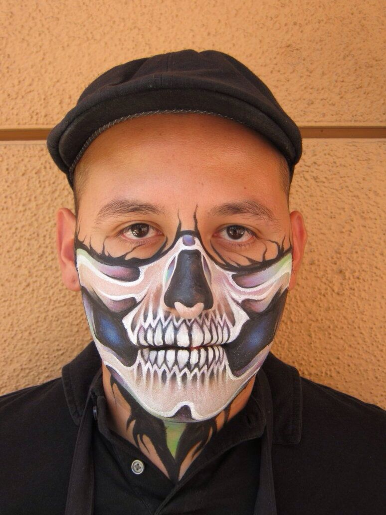 Ronnie Mena || half skull | Face Painting Halloween / Monster ...