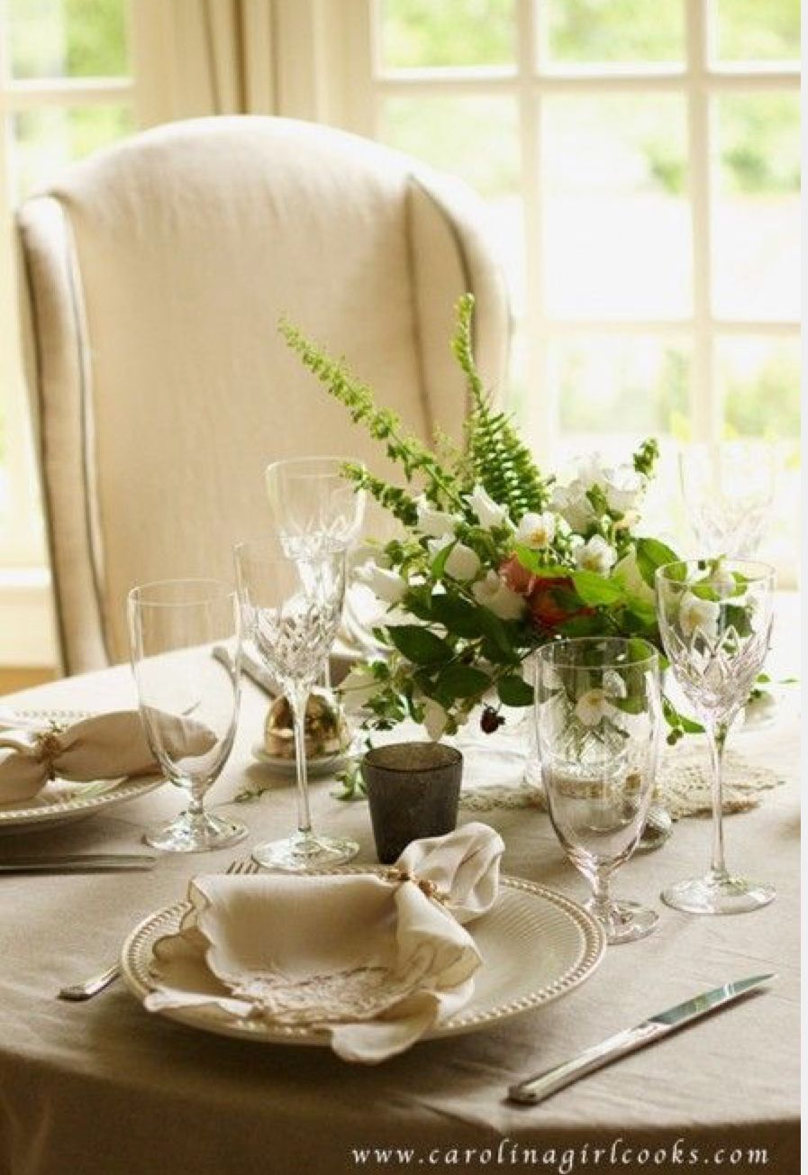 Pin By Isabel Castillo On Home Is Where Our Story Being Table Setting Inspiration Table Decorations Dining Table Decor