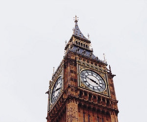 Images And Videos Of Clock Aesthetic Aesthetic Pictures Big Ben Character Aesthetic