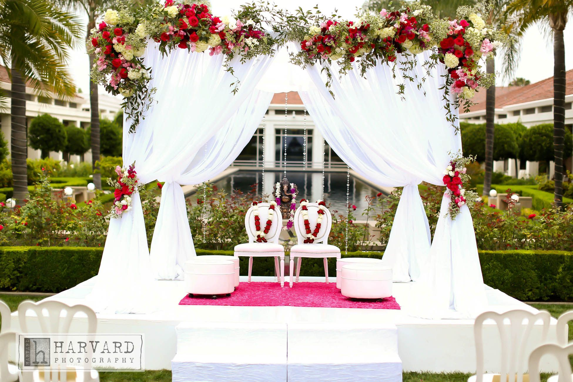 Simple Ceremony Decorations: Very Simple, Yet Elegant White Mandap. Perfect For An