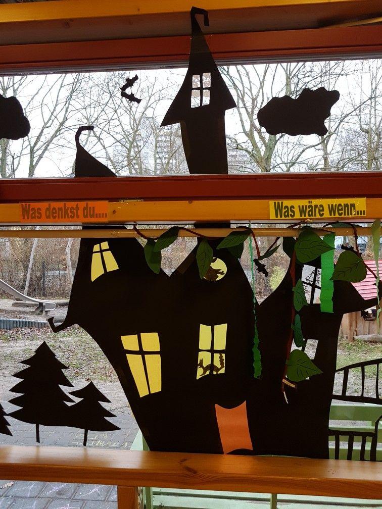 hexenhaus fensterbild in gross nach bildvorlage  karneval