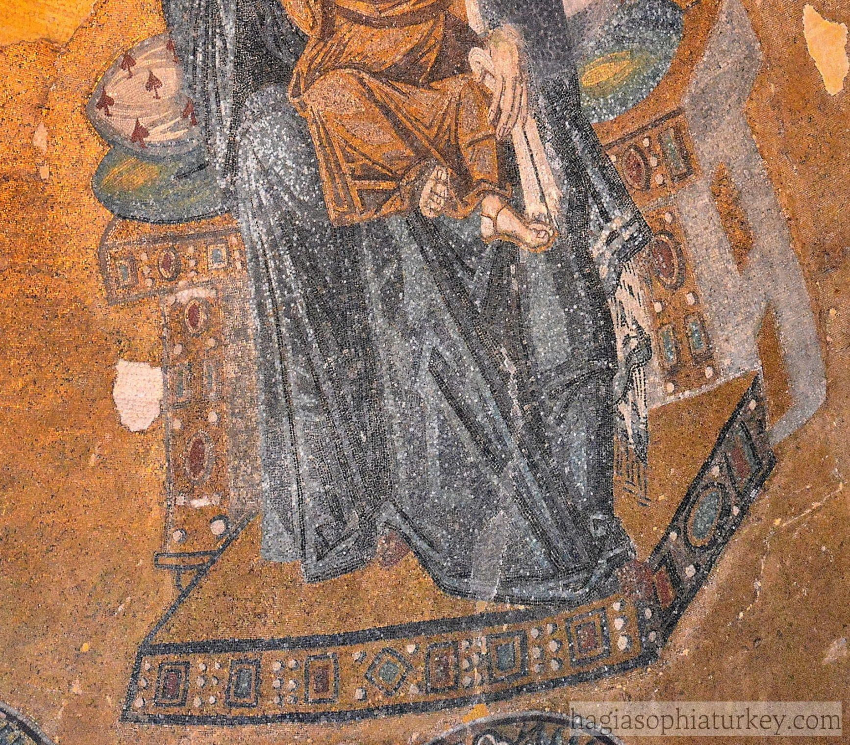 The Virgin And Child Mosaic Is Located In The Apse Semi Dome In The Mosaic Mary Is Enthroned And She Puts Her Right Hand On Shoul Mosaic Hagia Sophia Children