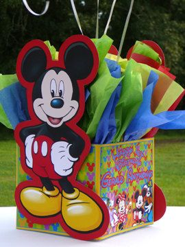 DIY 12 Balloon Base Mickey Mouse Clubhouse by PinkyandBlueBoyParty