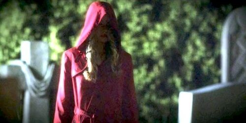 pretty little liars red coat | Is Alison the girl in the red coat ...