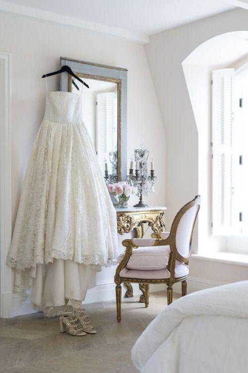 Mademoiselle Vuitton (มีรูปภาพ)
