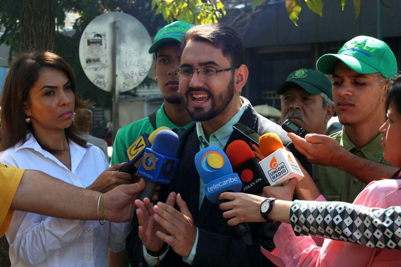 Copei: Seguimos de la mano del pueblo venezolano que exige un cambio este 2016 - http://bit.ly/2fA65jw