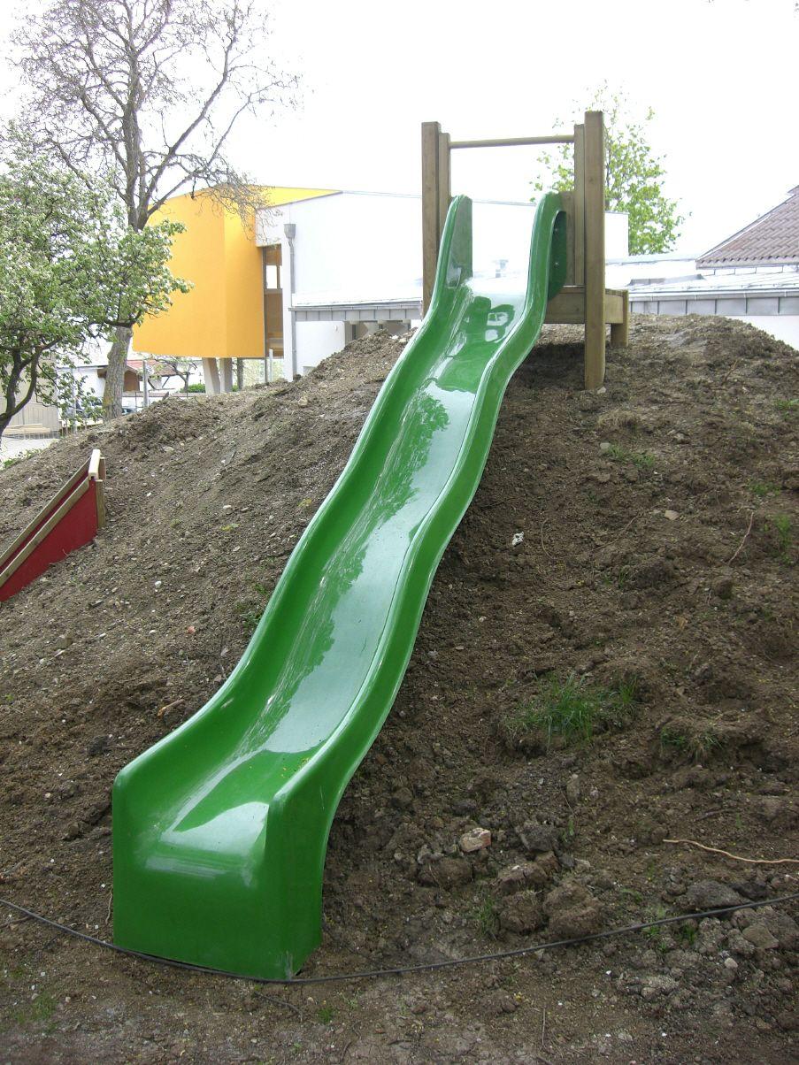 Pin Von Cheryl Smith Auf Garten Fur Kinder Kinderrutsche Garten Rutsche Garten Kinder Rutsche