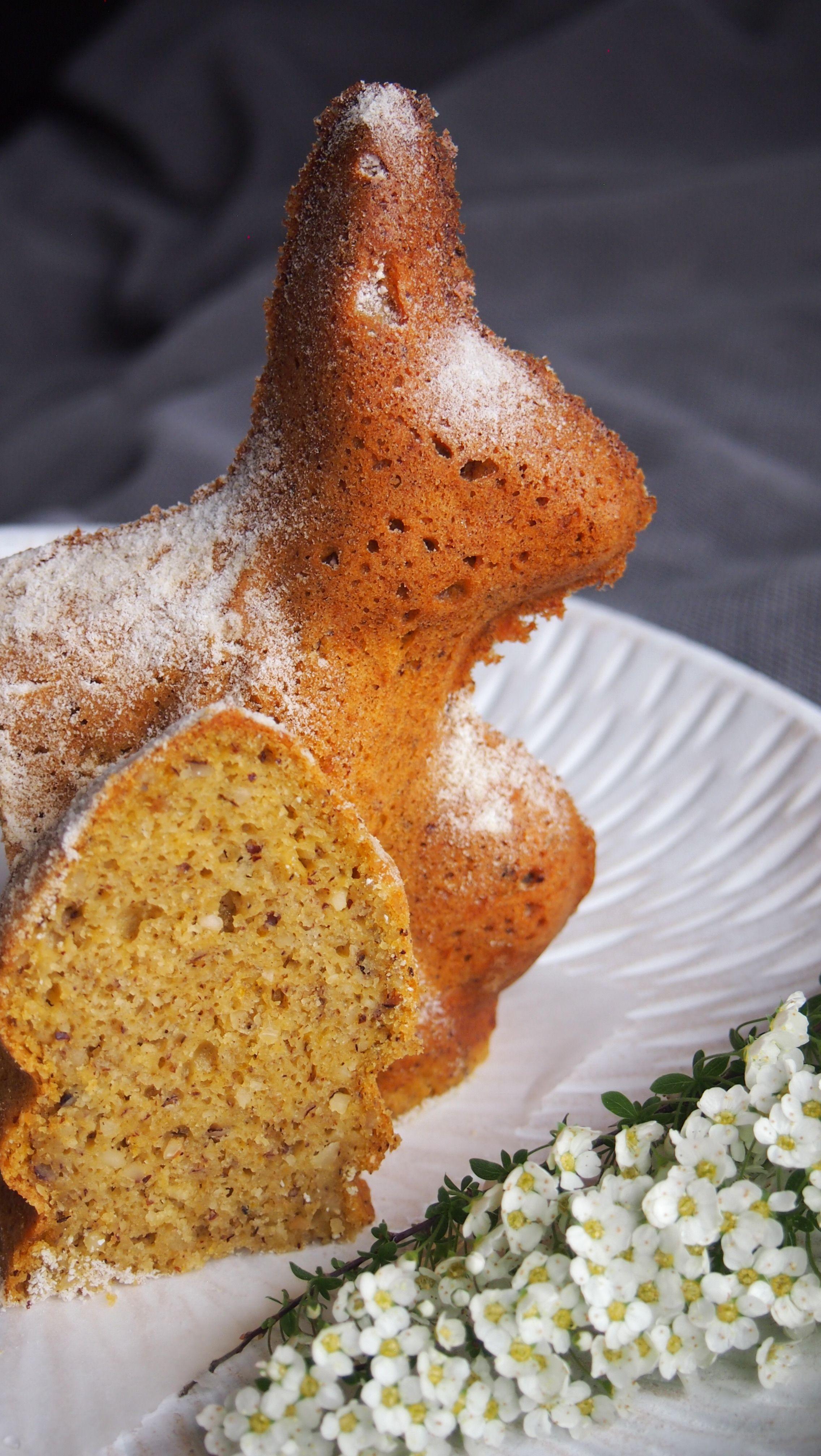 Osterhasen Kuchen ohne Zucker (vegan) - Bake it naked