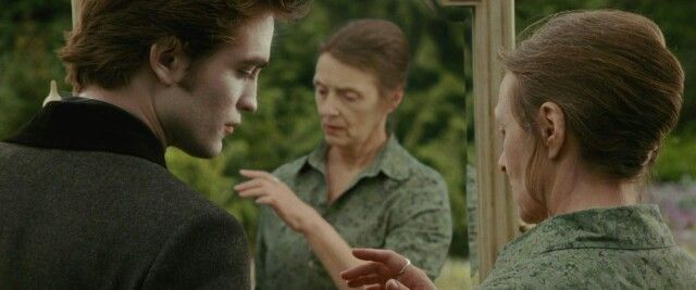 Bella realized that it was her because she didn't become an inmortal