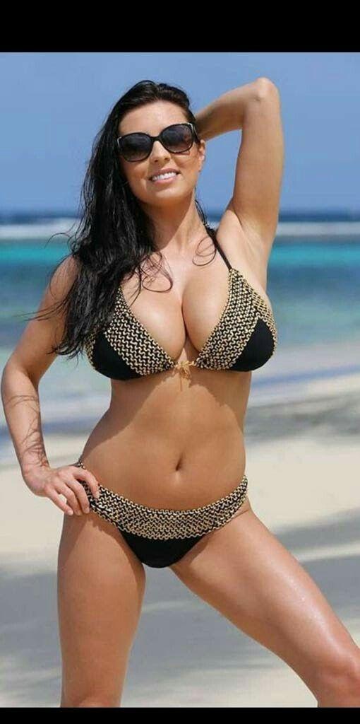 Flexible Girls In Bikinis