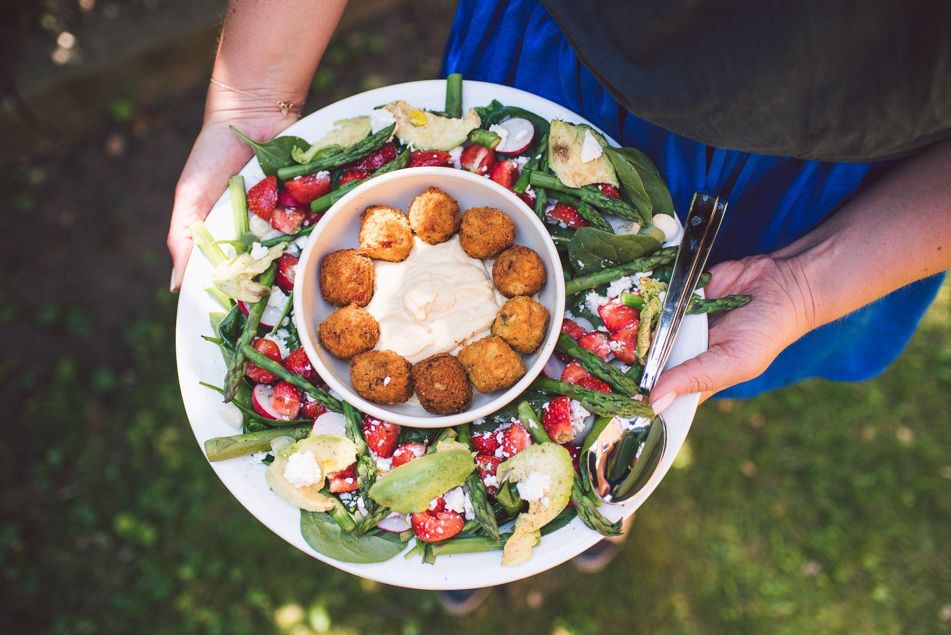 falafel,hummus, strawberries, asparagus, spinach, avocado, feta