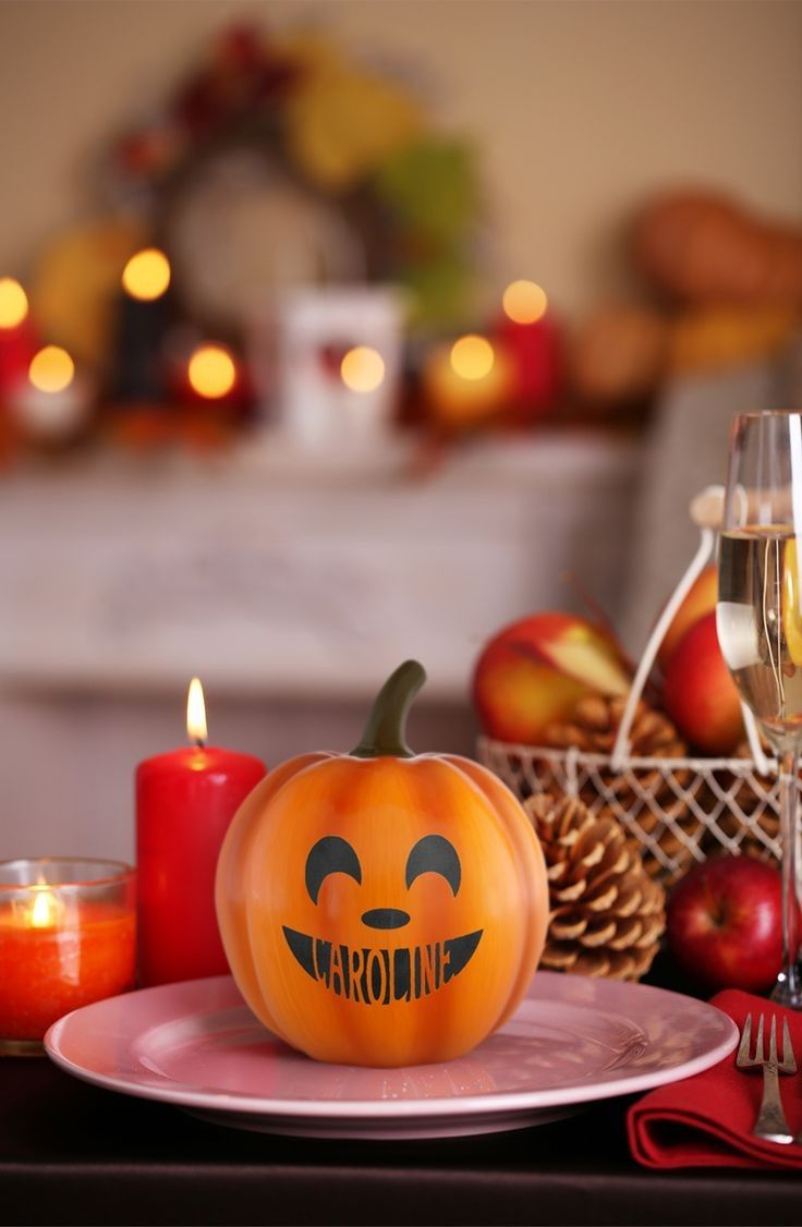 35 Cheap and Easy DIY Thanksgiving Decorations Decorations Set in a very season of beauty and bounty, Thanksgiving deco...  #homedecor #homeinterior #bedroom #livingroom #kitchen #bathroom #homedesign #smallroom