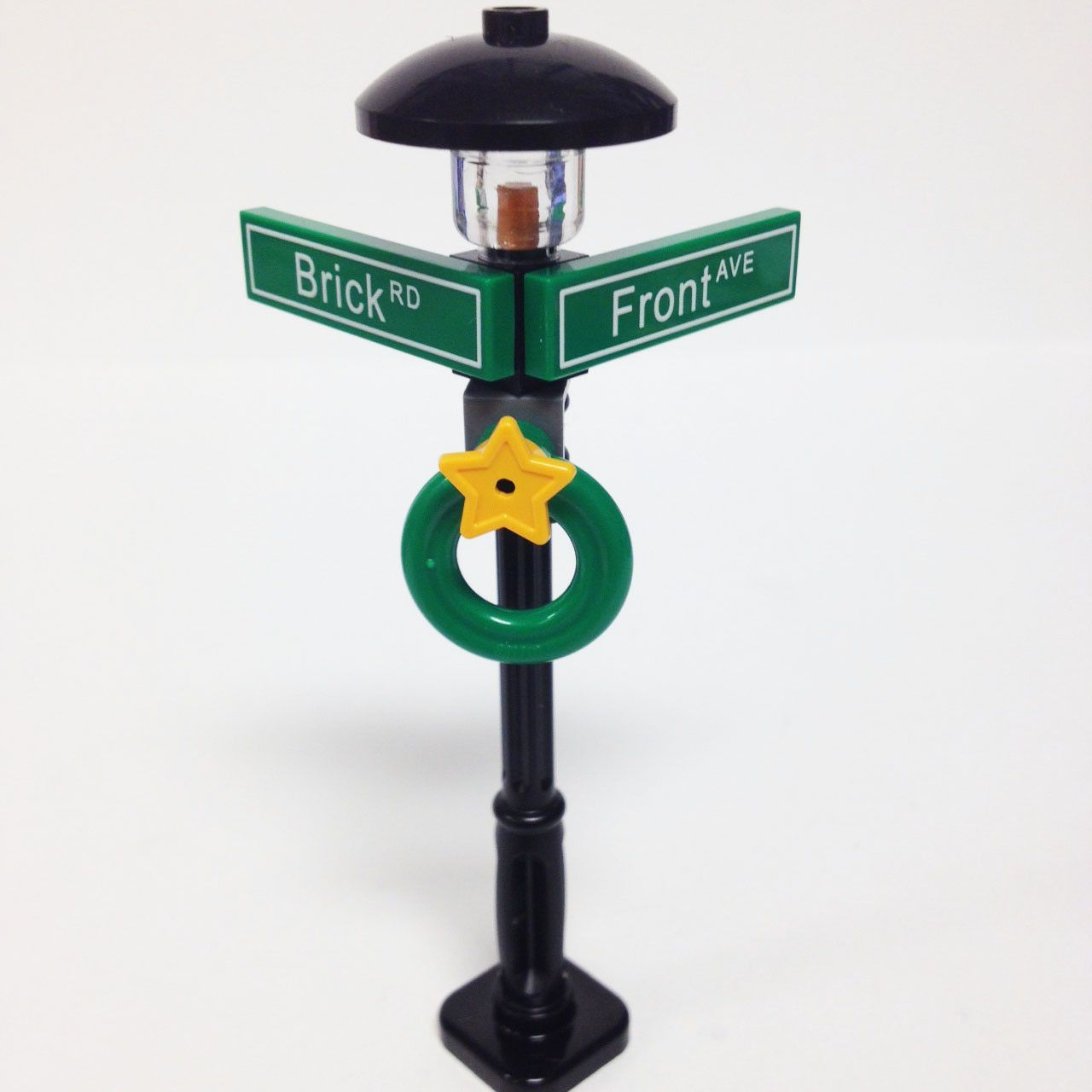Lego City Town Train Street Road Light Post Lamp Traffic Signal Lot of 4