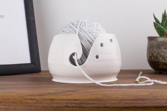 Small ceramic yarn bowl, Knit gift, Crochet gift, Yarn holder, Yarn storage, Knitting bowl, Crocheti #crochetbowl