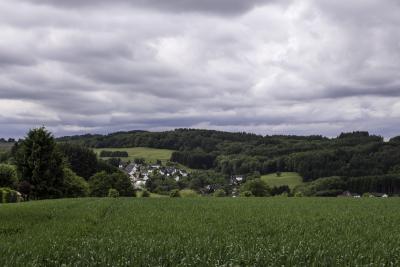 Von Wiehl über den Panoramasteig nach Bielstein: http://ausgelatschte-schuhe.de/rundweg-wiehl-bielstein/