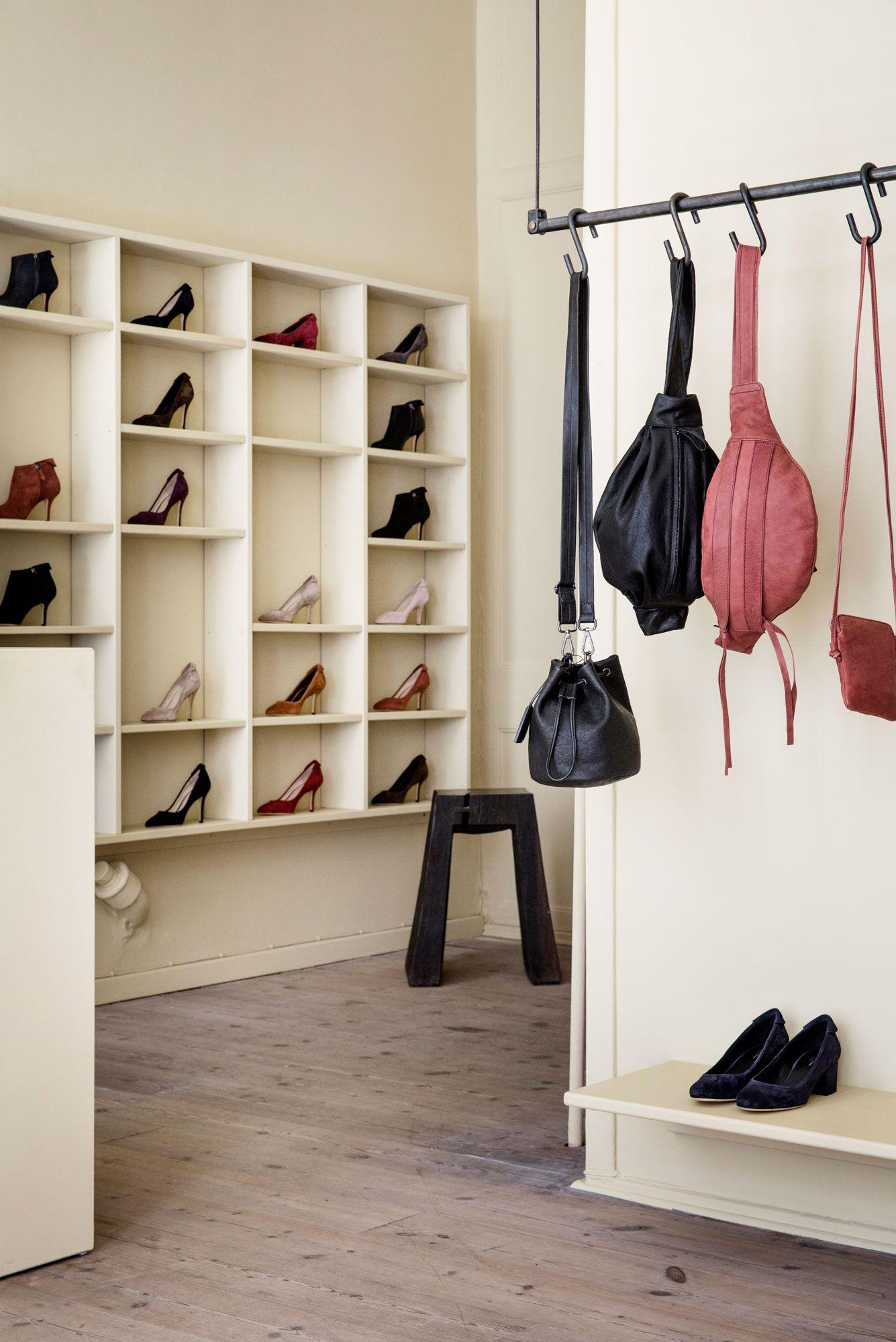 Yvonne Konés new store — #AMerryMishapBlog
