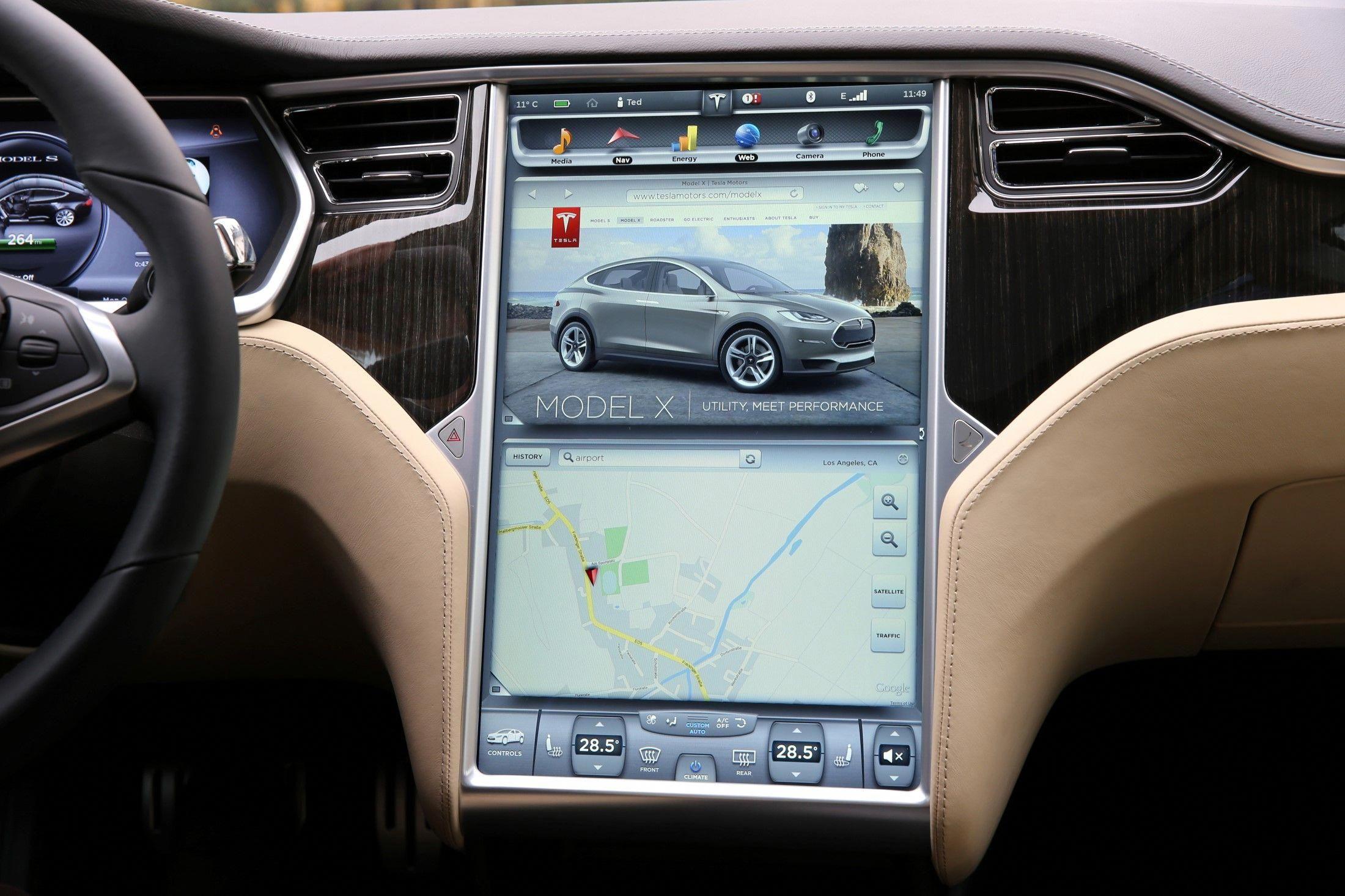 Tesla Model S Interior Interiorbarndoors Tesla Motors Model S Tesla Tesla Model S