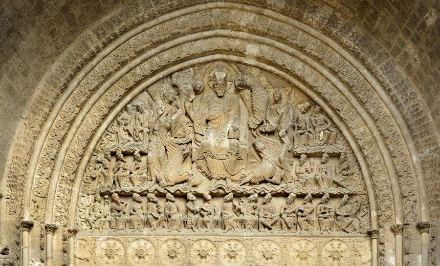 Le tympan des 24 Vieillards (chapitre 4 de l'Apocalypse), église Saint-Pierre de Moissac, vers 1120.
