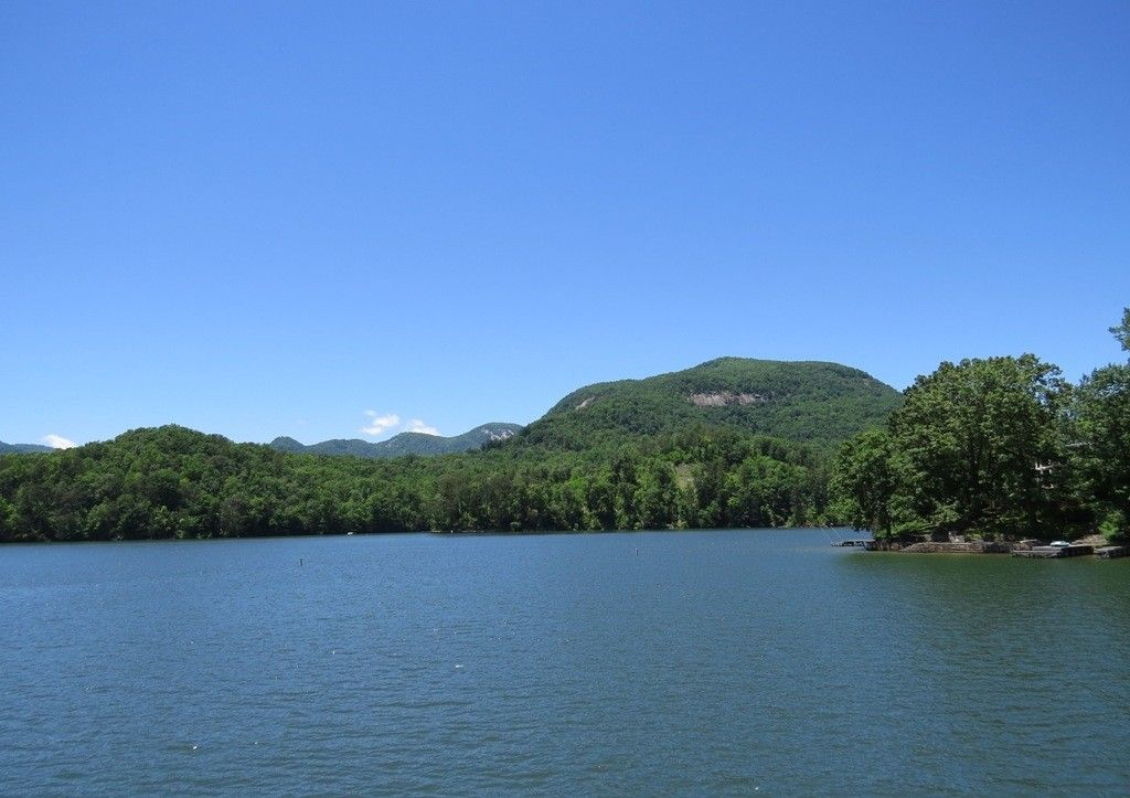 Cottage vacation rental in lake lure from