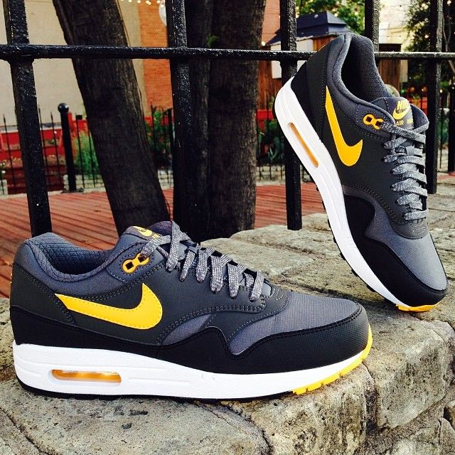 Nike Air Max 1 Essential x Dark Grey & Laser Orange | Nike