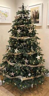 25 hübsche rustikale Weihnachtsbaum-Dekorations-Ideen 20 - #dekorations #hubsche #ideen #rustikale #weihnachtsbaum #smallchristmastreeideas