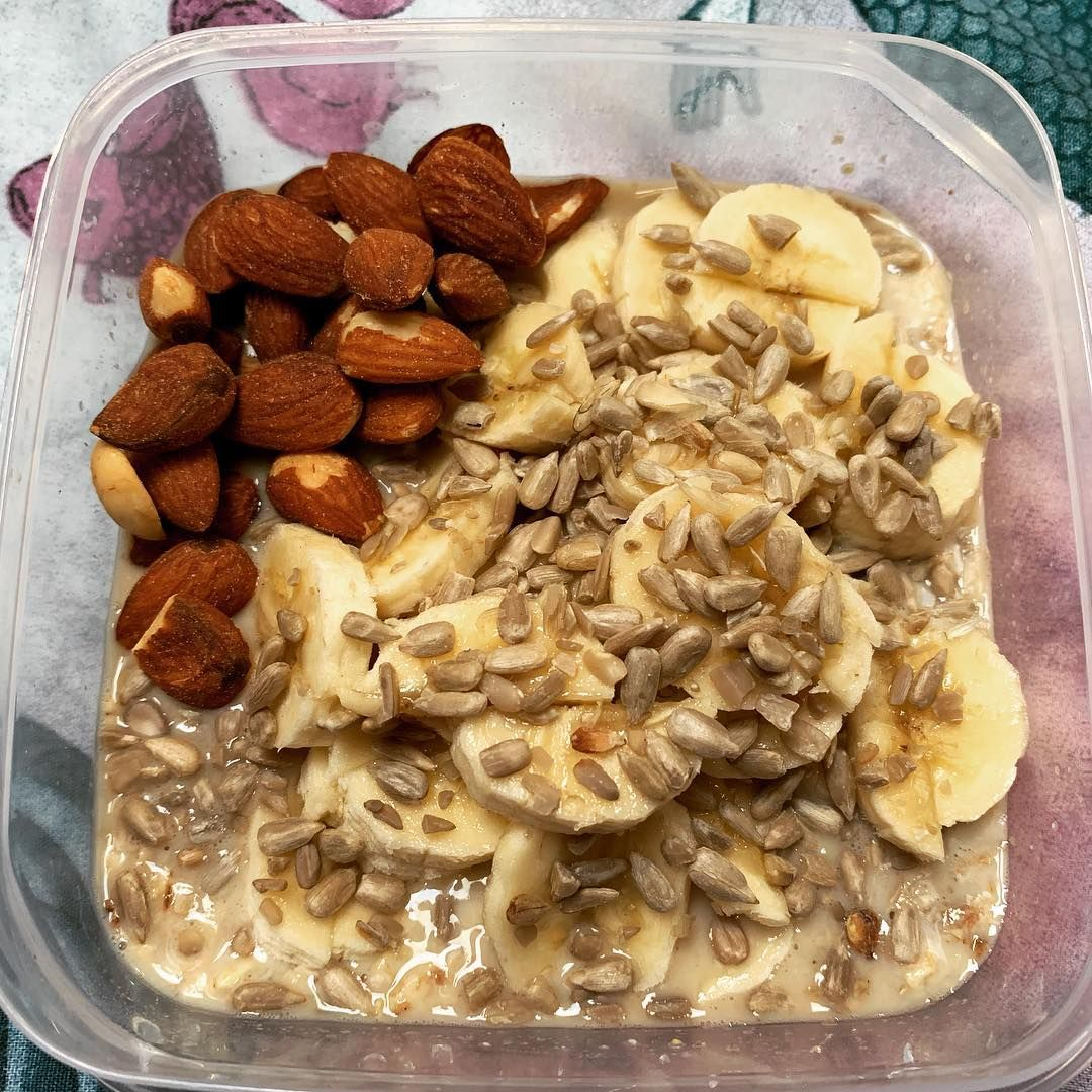 Perfect Healthy Breakfast To Set Us Up For A Day Of Exploring A New Town Overnight Oats Topped W Perfect Healthy Breakfast Healthy Breakfast Plant Based Diet