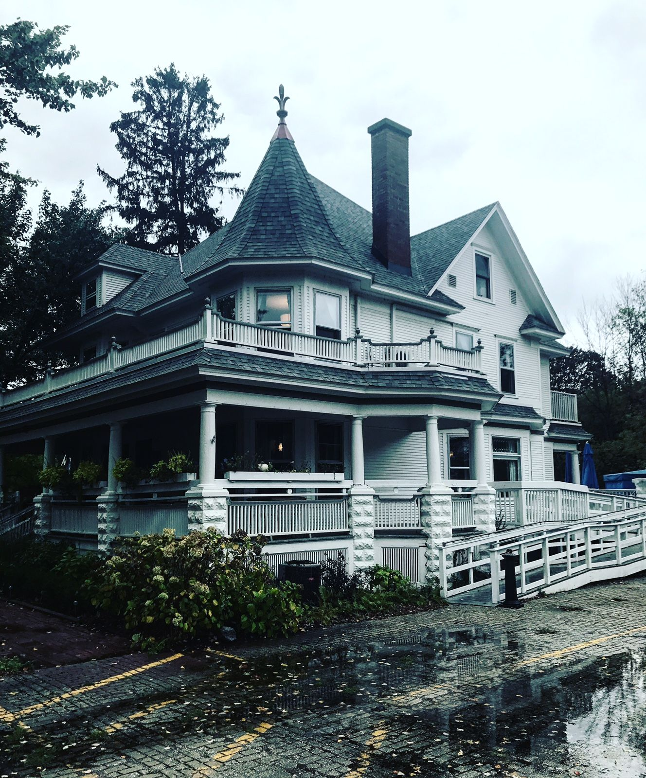 Bed and Breakfast By the Lake Bed, breakfast, Saugatuck