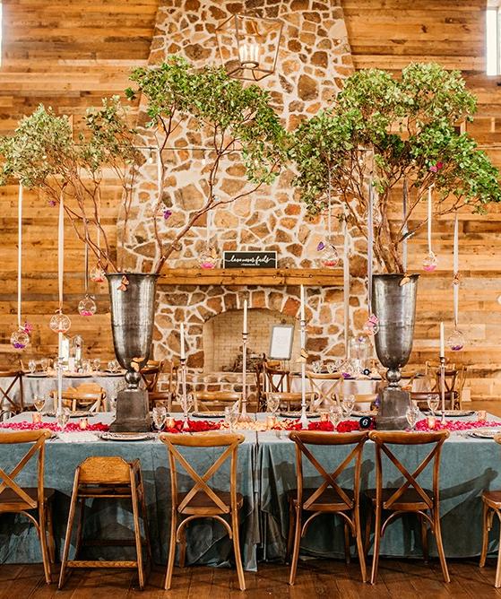 Jennifer Dylan Real Houston Wedding Weddings In Houston Houston Wedding Elegant Table Settings Unique Wedding Receptions