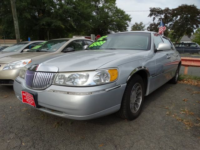 2002 Lincoln Town Car Signature Town Car Pinterest Lincoln