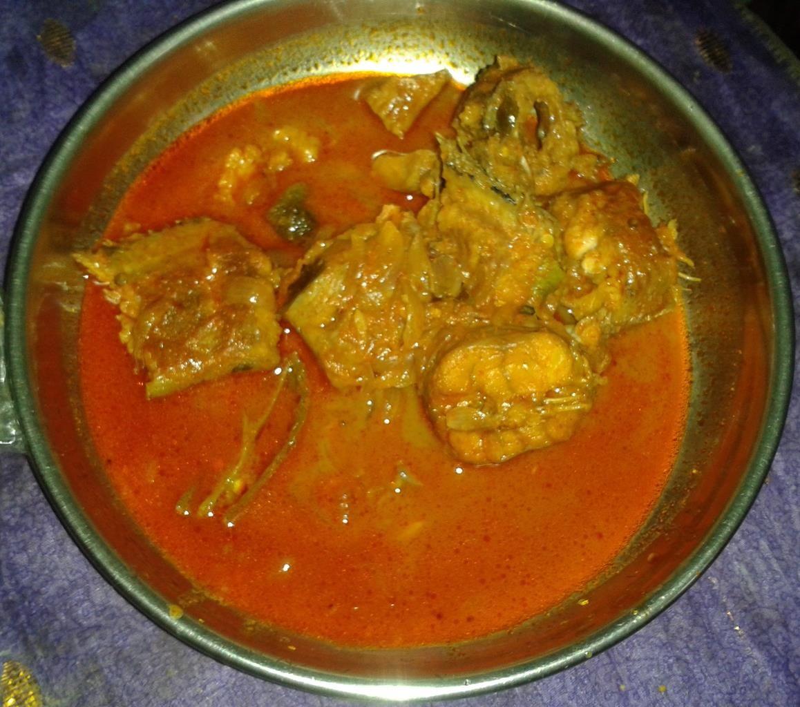 Meen Mulakittathu Spicy Fish Curry Click Here For Recipe Http Secretindianrecipe Com Recipe Meen Mulaki Fish Curry Indian Food Recipes Indian Fish Recipes