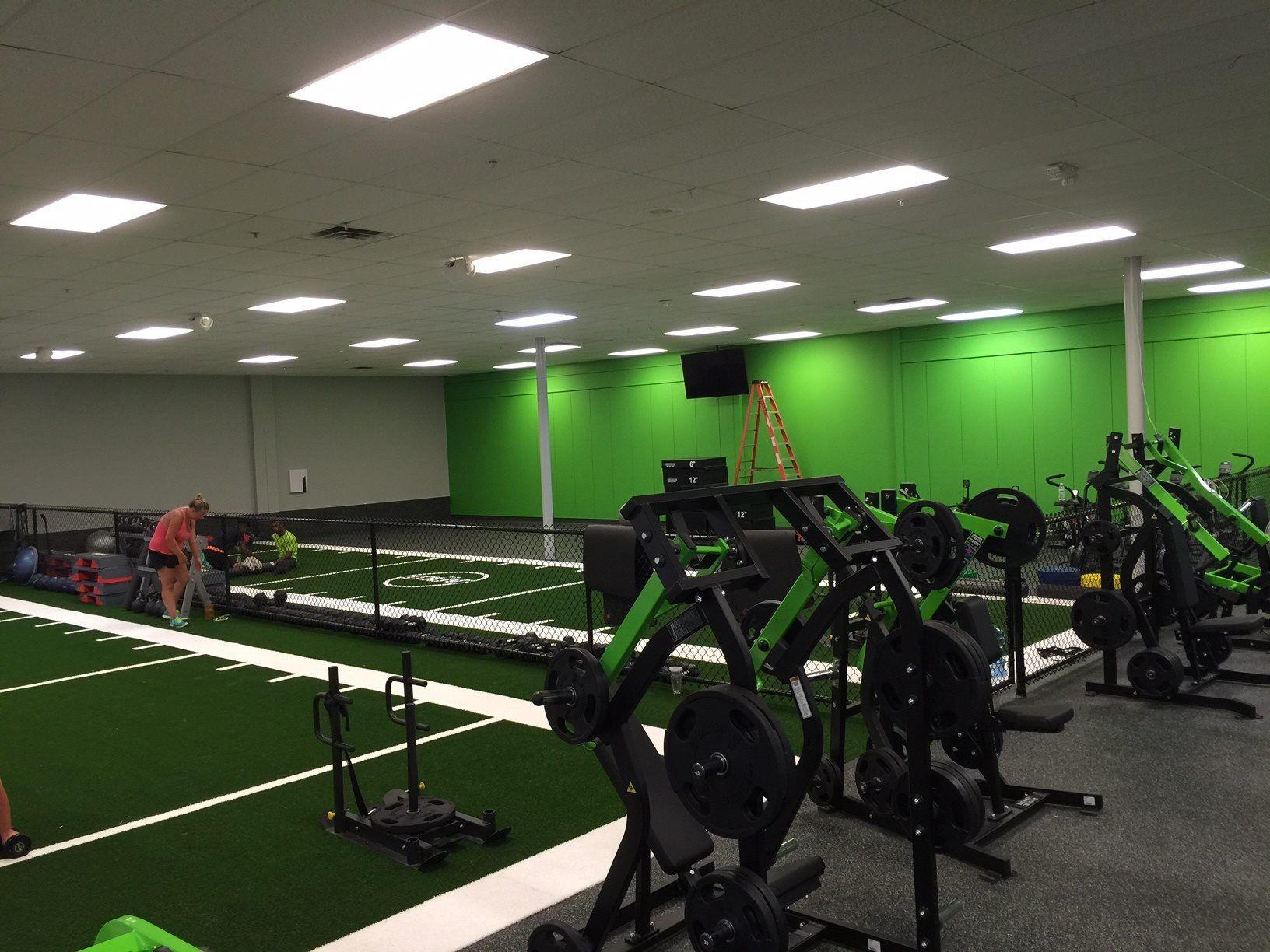 Regupol Aktiv installation for Evolve Fitness in Audubon, NJ ...