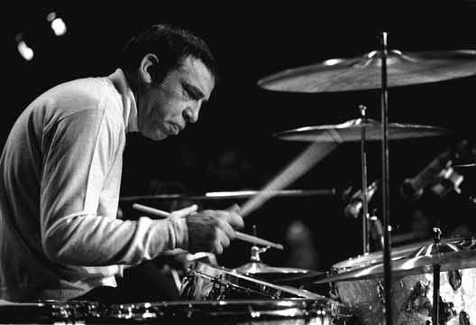 Phenomenal drummer Buddy Rich | The ultra cool and