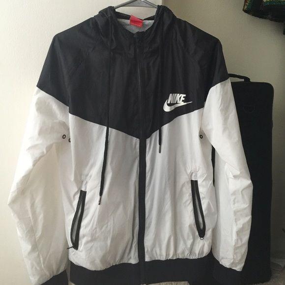 Fashion · Nike windbreaker ...