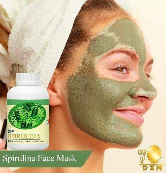 Avete mai provato una maschera a base di Spirulina per la vostra pelle?